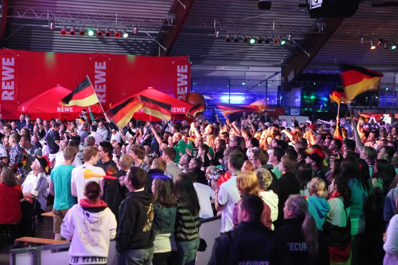 eissporthalle_publicviewing_2