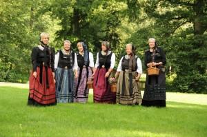 Harsefelder Gästeführerinnen im Klosterpark